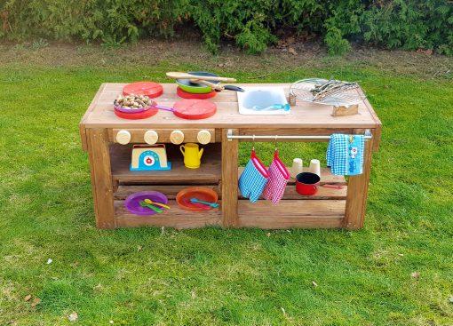 Kinderküche Matschküche aus Paletten Möbel (3)